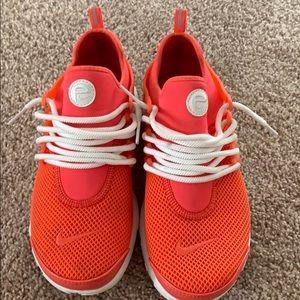 Size 8 (US) Nike presto